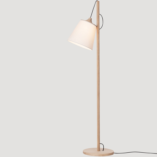 Muuto Pull lamp wood