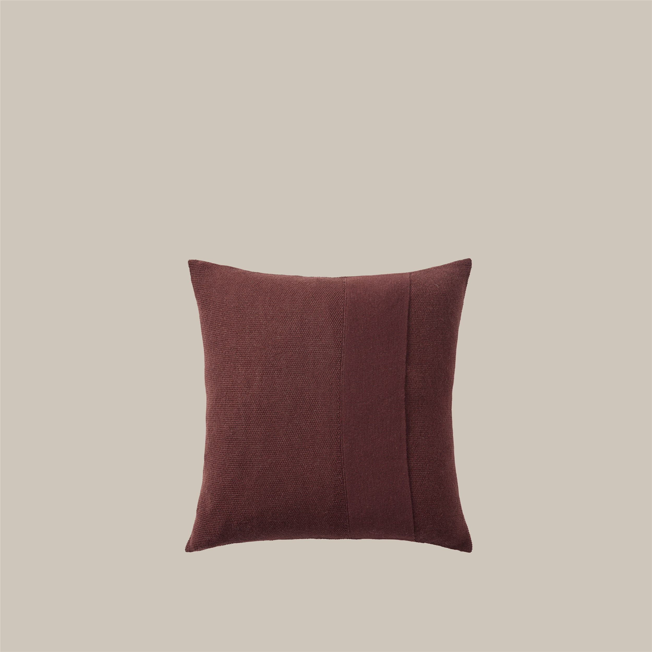 Layer Cushion 50x50 burgundy