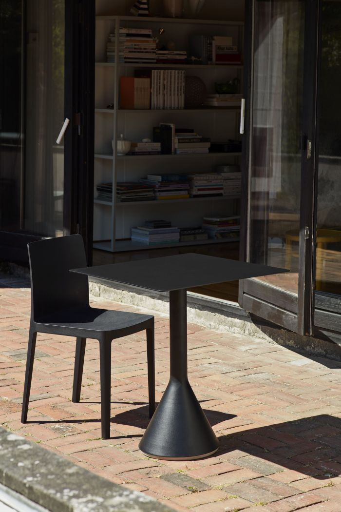 Hay Palissade Cone Table 90 Olive