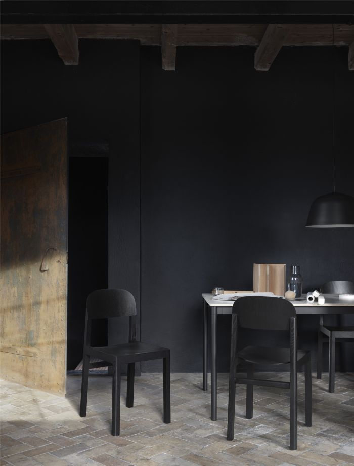 Muuto Base tafel 190x85 Black Linoleum/Plywood/Black