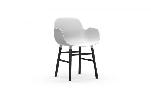 Normann CPH Form Armchair Wood Black gestoffeerd