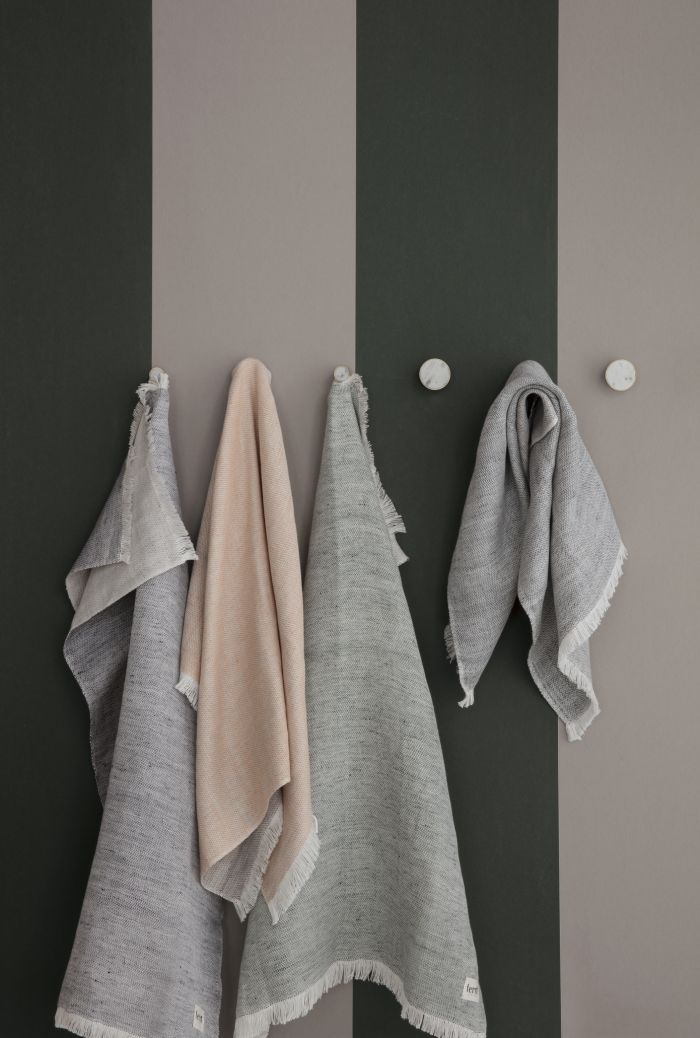 Ferm Living Behang Thick Lines Green/Rose