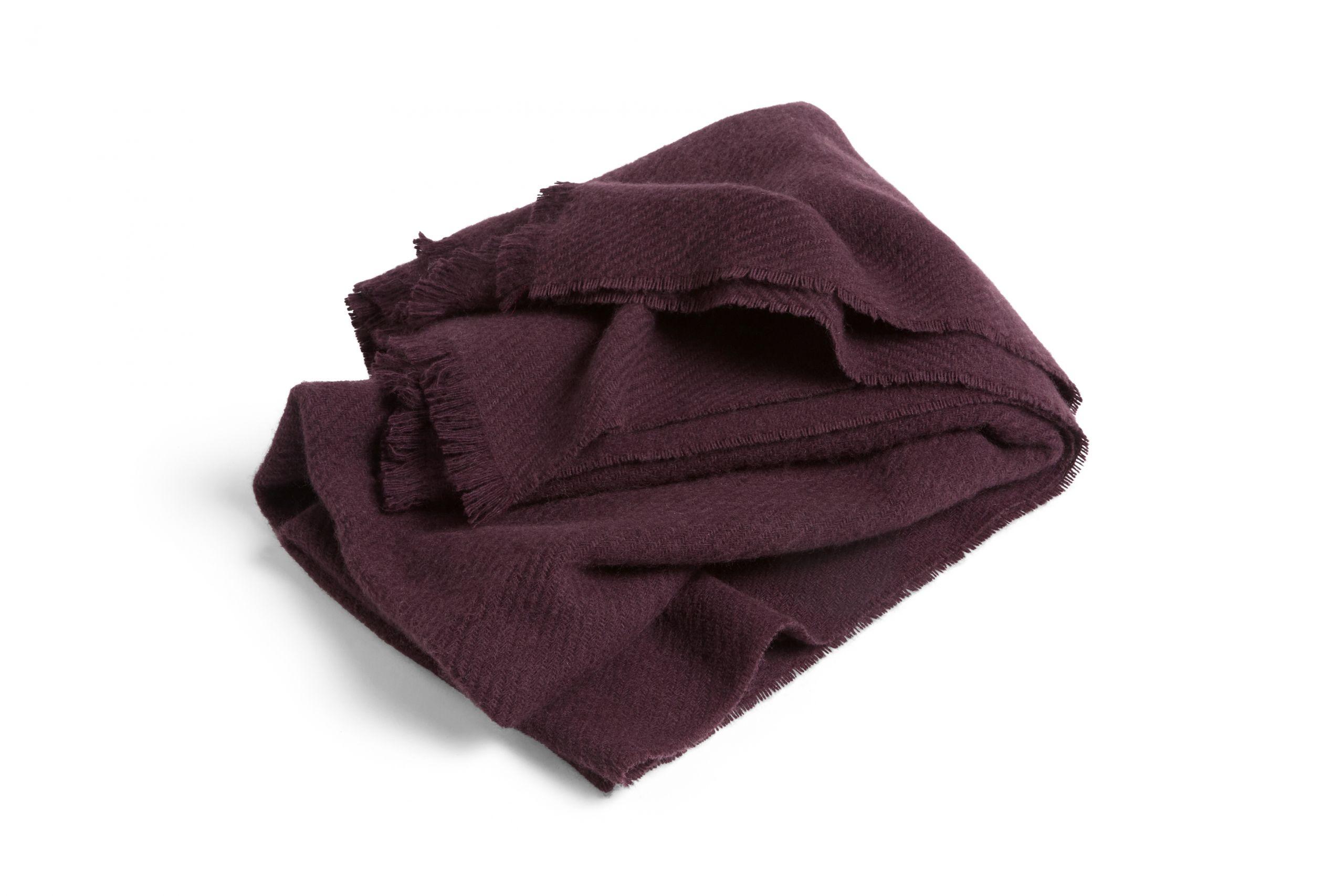 Mono blanket burgundy