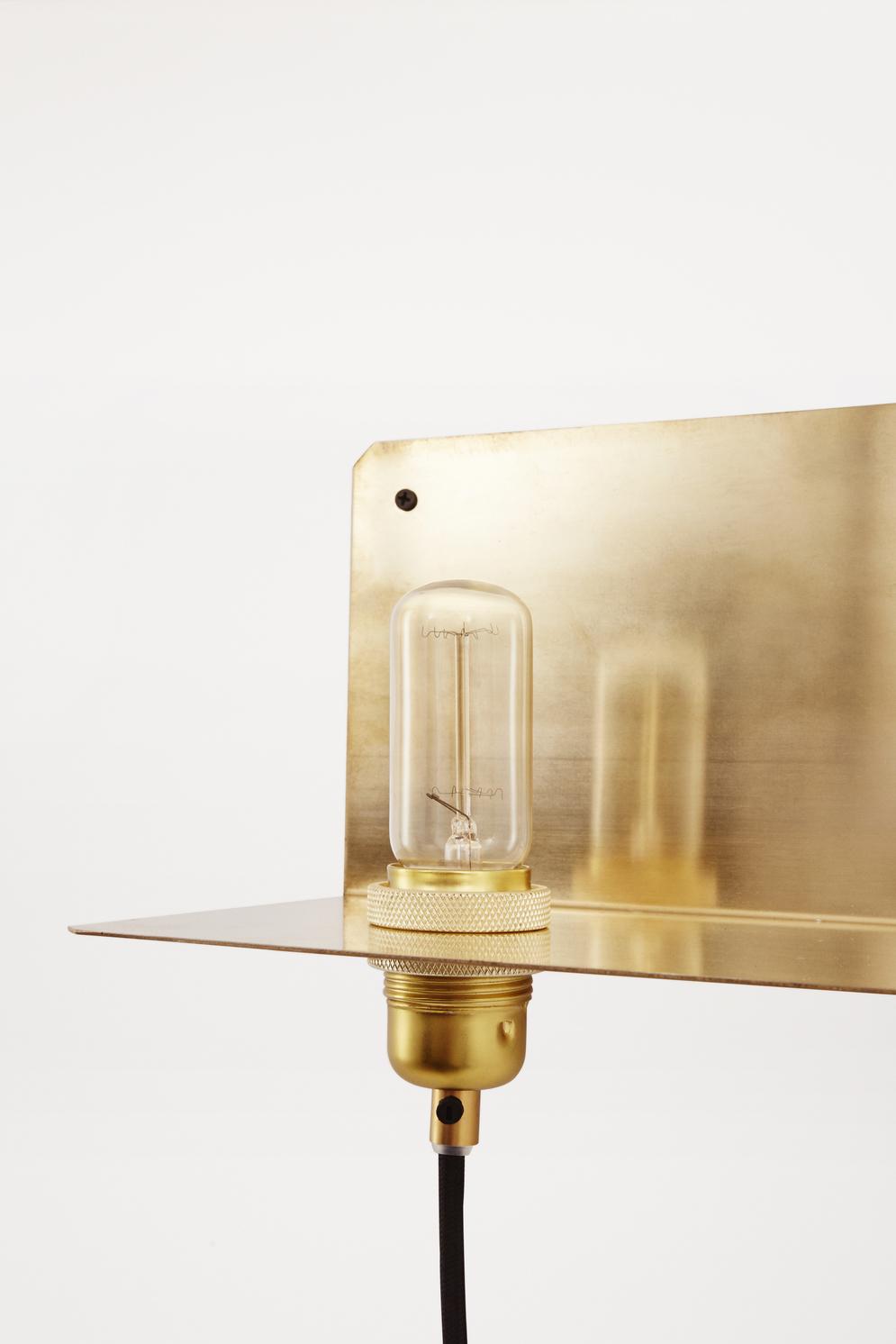 Frama 90 Wall Light Brass