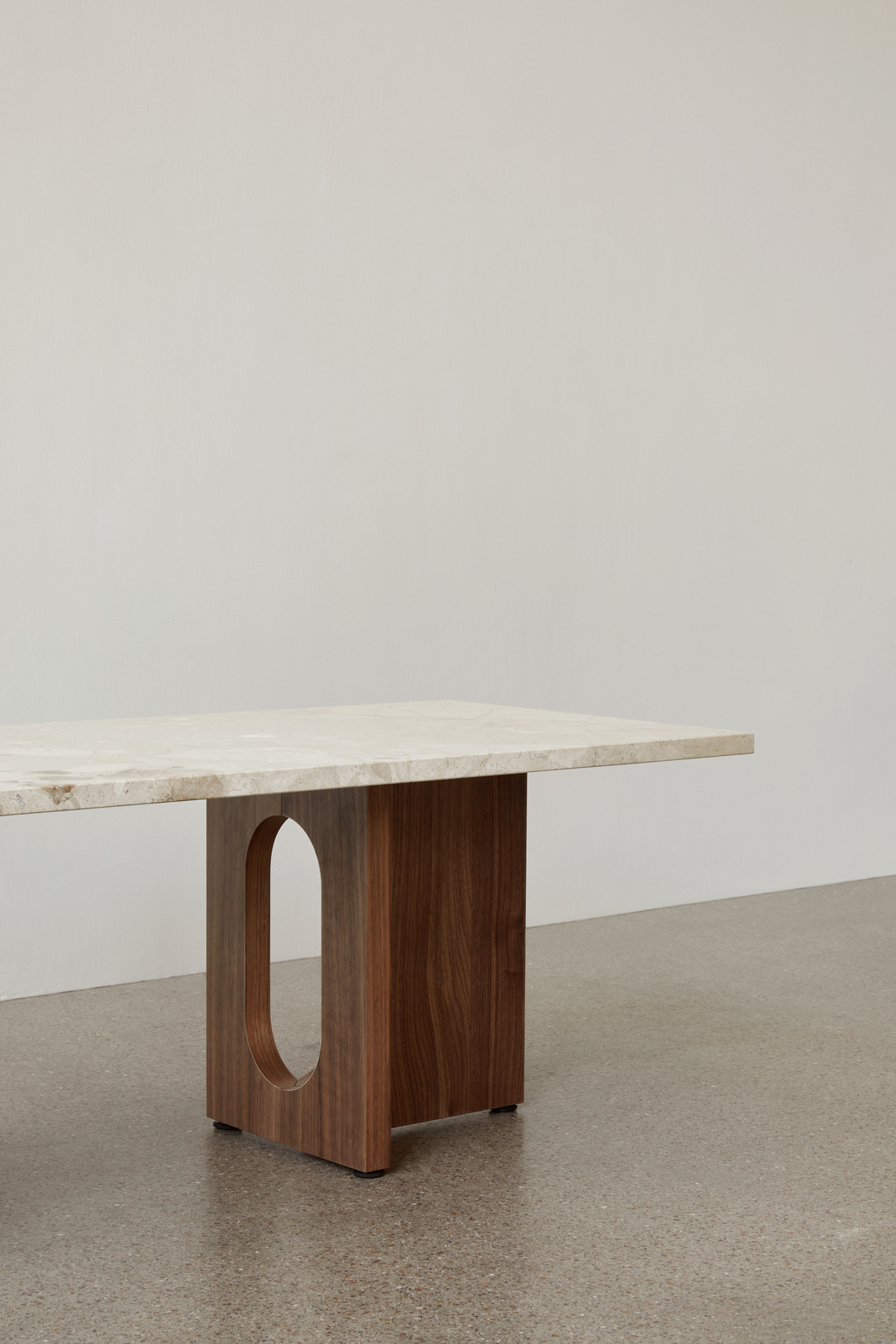Menu Androgyne Lounge Table Dark Stained Oak/Stone