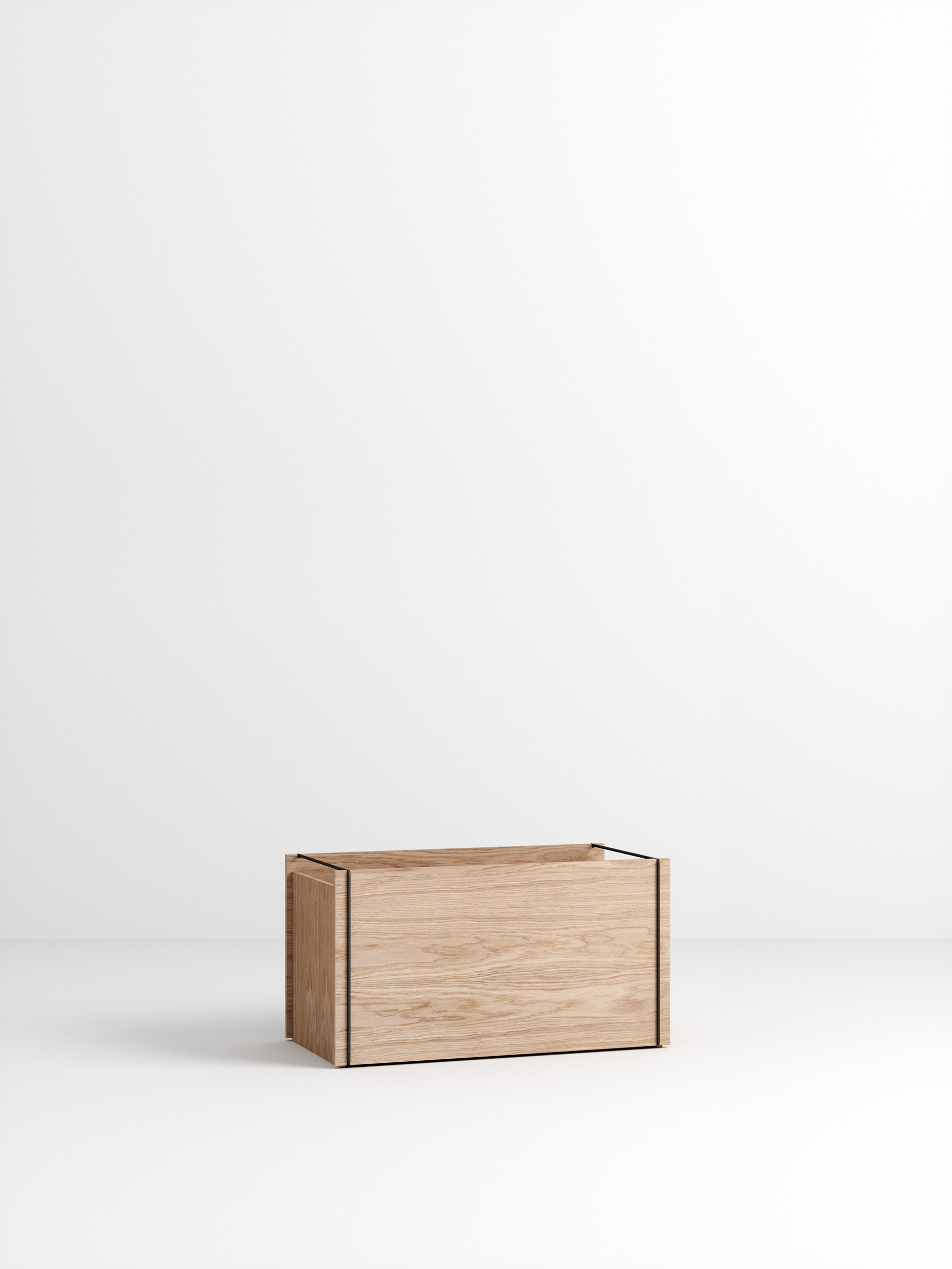 Moebe Storage Box Oak/Black
